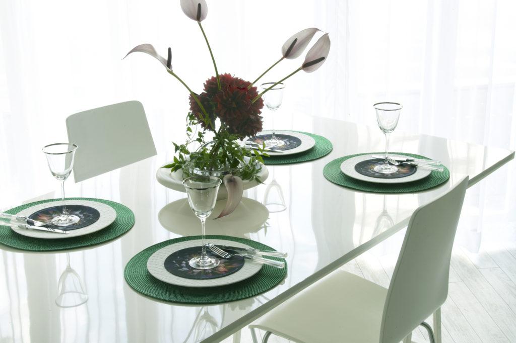 テーブルコーディネートで使用しますとオリジナリティあふれる華やかなコーディネートになります。